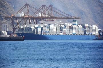 """El buque """"Dalí"""", en su primera escala en el puerto de Santa Cruz de Tenerife"""