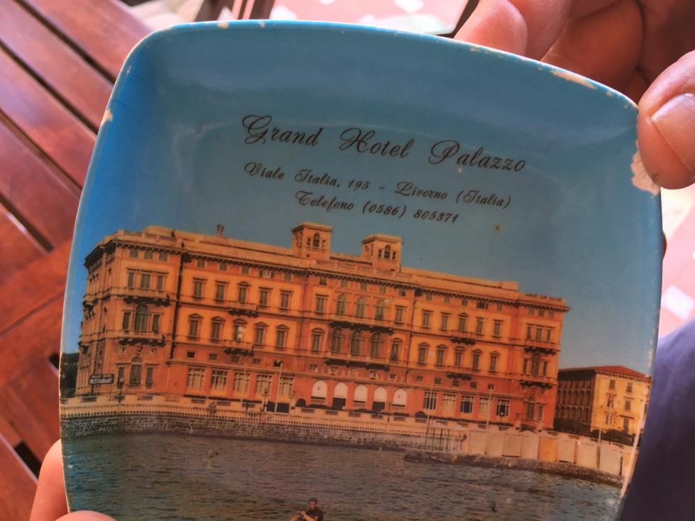 Cenicero del hotel Palazzo, de Livorno