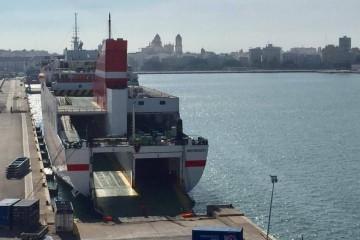 """El buque """"Albayzin"""" ha permanecido una semana inmovilizado en el puerto de Cádiz"""