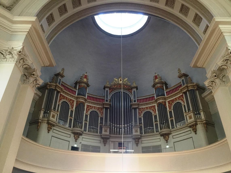 Catedral luterana de Helsinki. Panorámica del órgano