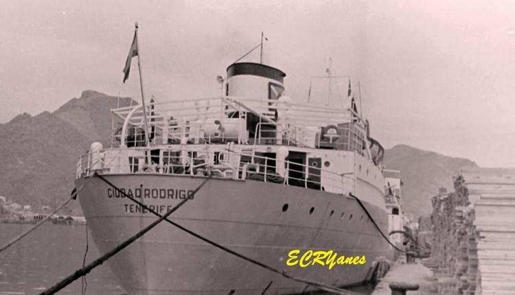 """Popa del petrolero """"Ciudad Rodrigo"""", matrícula naval de Santa Cruz de Tenerife"""