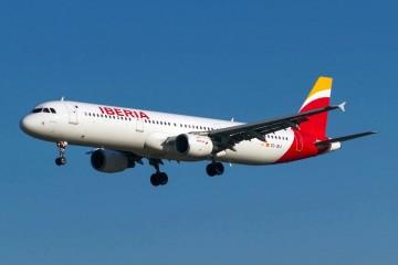 Iberia mejora resultados pero pretende mantener los ajustes en su plantilla