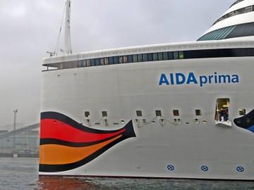 "Detalle de la proa del buque ""AIDAprima"""