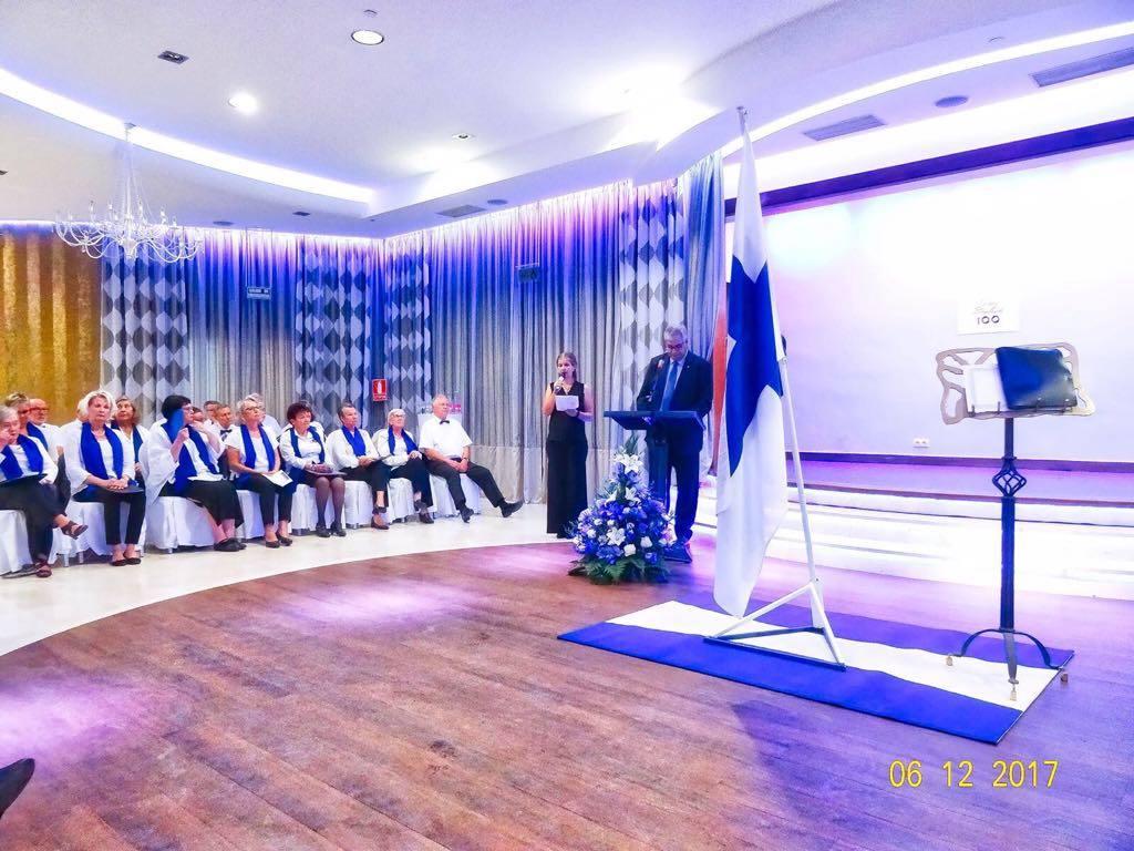 El cónsul de Finlandia en Canarias, en el uso de la palabra