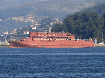 El nuevo ferry de Trasmediterránea, visto por la banda de babor