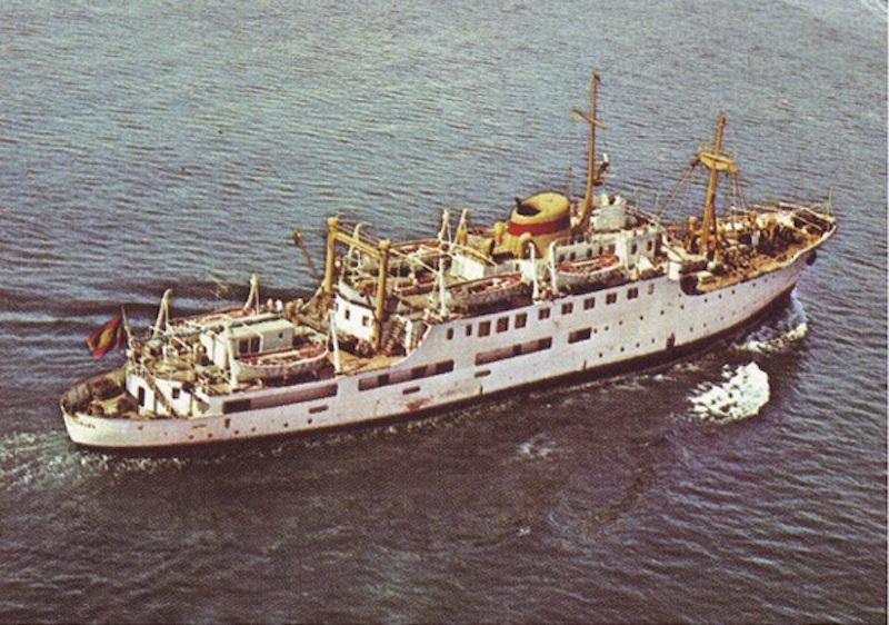 """Estampa marinera del buque """"Ciudad de Teruel"""". Era un barco bonito"""