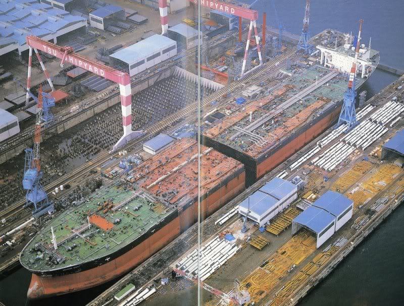 """Obras de alargamiento del petrolero """"Seawise Giant"""""""
