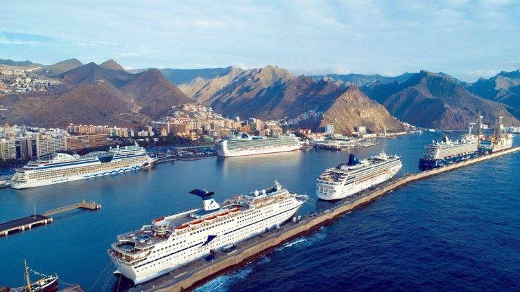 El puerto de Santa Cruz de Tenerife está en plena campaña turística