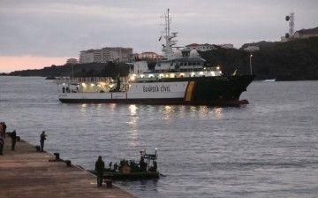 """El patrullero """"Río Segura"""", a su llegada ayer tarde a La Palma"""