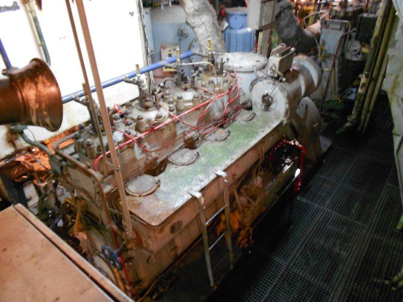 """Contramaestre Casado"". Motor auxiliar Nohab (original)"