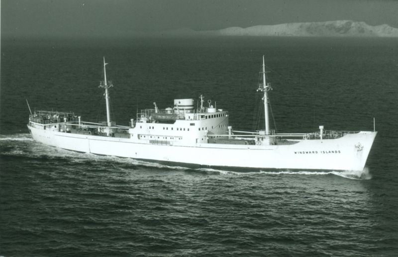"""Su gemelo """"Winward Islands"""", navegando por el canal de La Mancha"""
