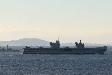 El buque realiza un periplo de pruebas y formación de seis semanas de duración