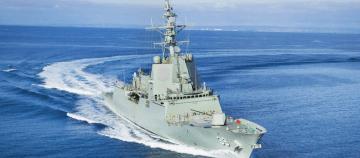 """El destructor HMAS """"Hobart"""" (39), en pruebas de mar"""