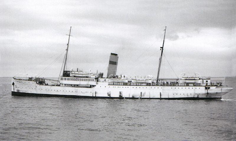 """Estampa marinera del buque """"J.J. Sister"""", uno de los trillizos del astillero Odero"""