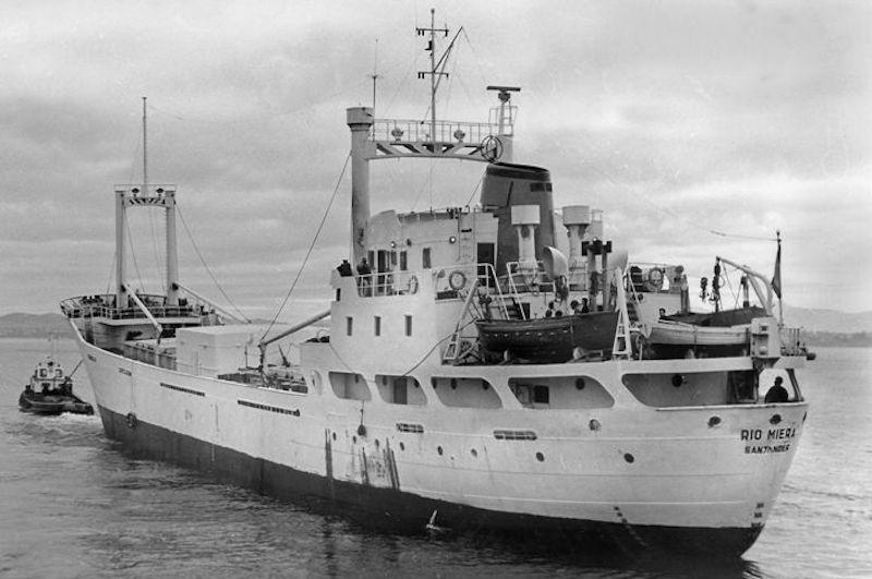 """""""Río Miera"""", último buque que mandó el capitán Ojeda Hernández"""