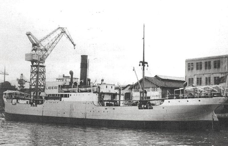 """A bordo del buque """"Río Francolí"""" hizo sus primeros viajes de altura"""