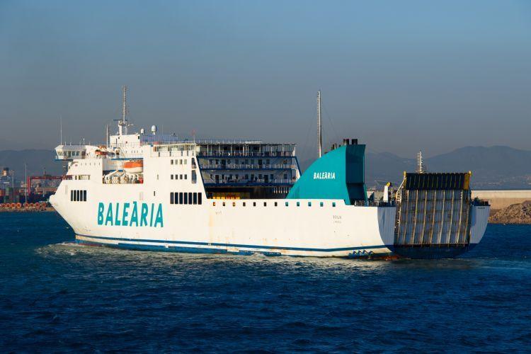"""El buque """"Sicilia"""" y su gemelo """"Nápoles"""" han sido adquiridos por Balearia"""