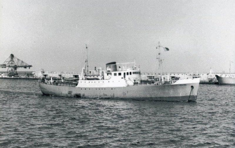 """""""Villa Bens"""", buque en el que Carmelo Juan Ojeda fue oficial y capitán"""
