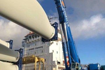 Los equipos de los aerogeneradores proceden de Galicia
