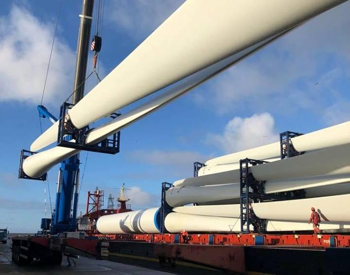 La descarga atípica confirma la capacidad del puerto de Granadilla