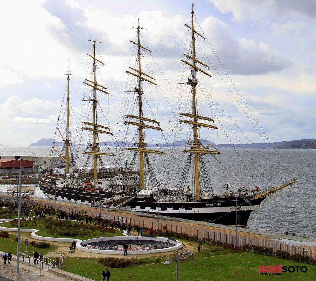 Es un barco bonito, de construcción alemana y casi 92 años de vida marinera
