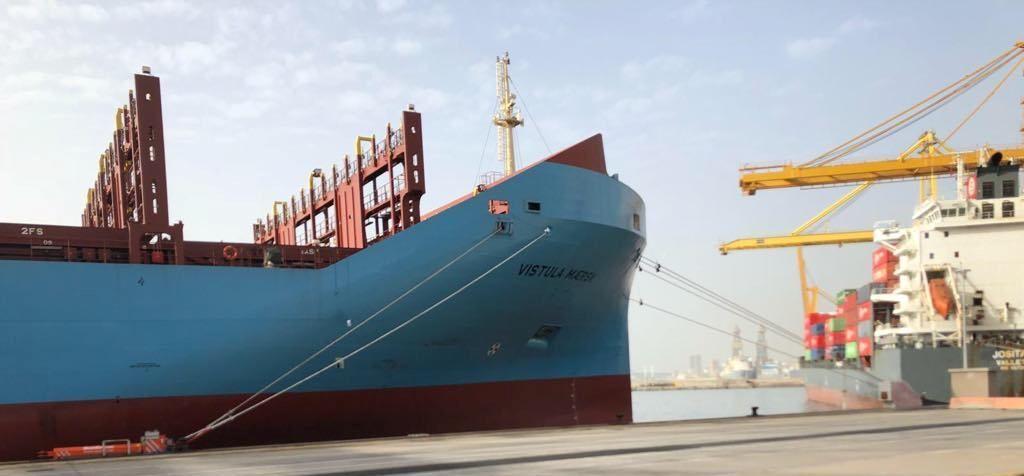 Las dos terminales de contenedores de Tenerife operan hoy cinco buques