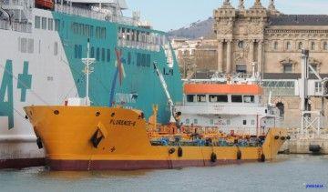"""El buque """"Florence B"""" se encuentra en el puerto de Barcelona"""