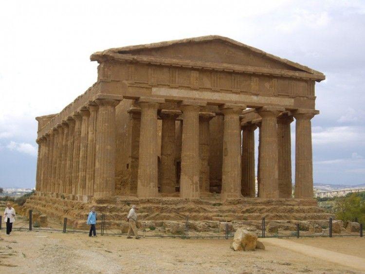 Agrigento. Panorámica del templo de la Concordia