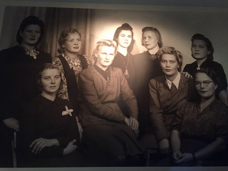 Grupo de mujeres de la organización Lotta Svärd