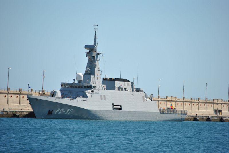 """El patrullero oceánico """"Guaiquerí"""", proyecto Avante 2200 de Navantia, en el puerto de Santa Cruz de Tenerife"""
