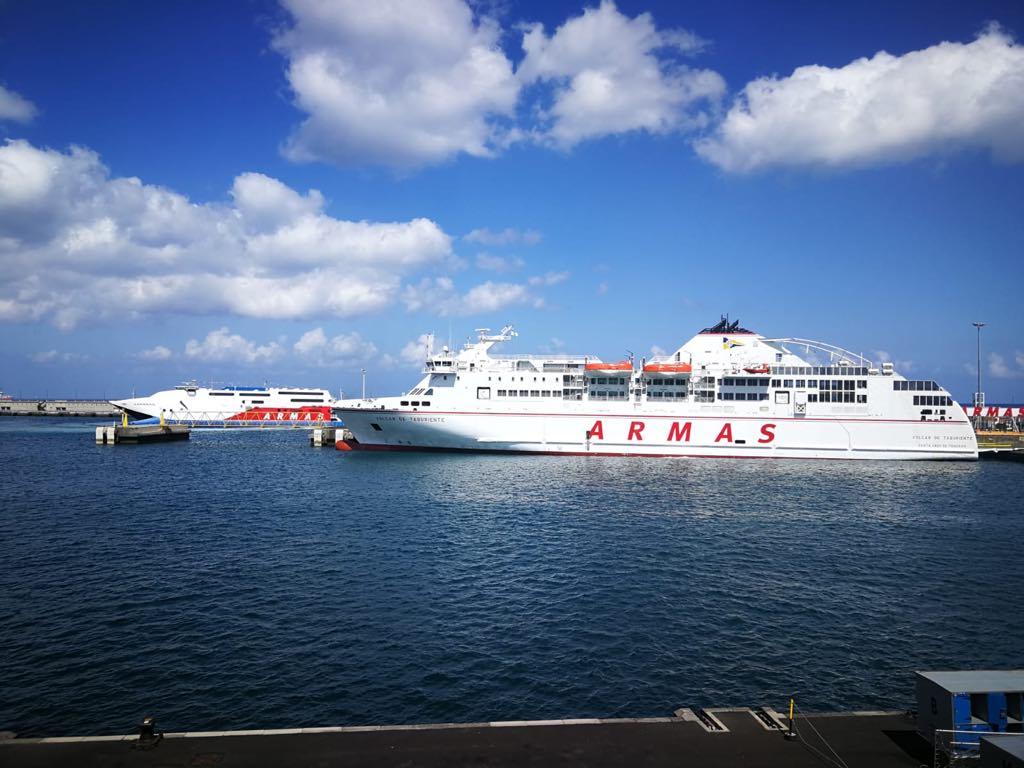 """El ferry """"Volcán de Taburiente"""" cubre este fin de semana la línea Las Palmas-Tenerife"""