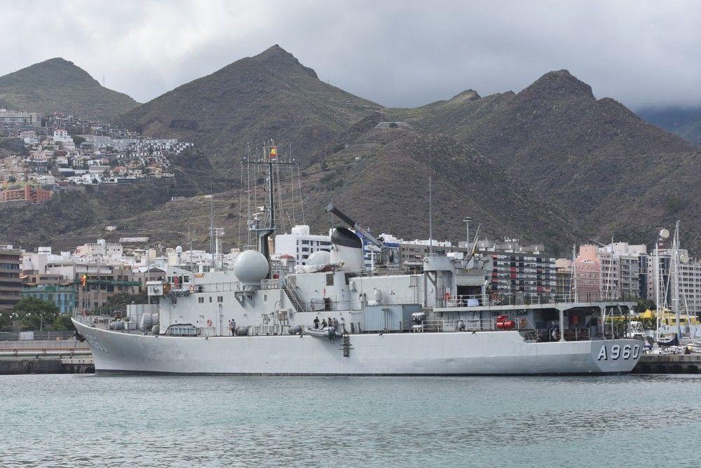 Este buque visita el puerto tinerfeño desde hace 50 años