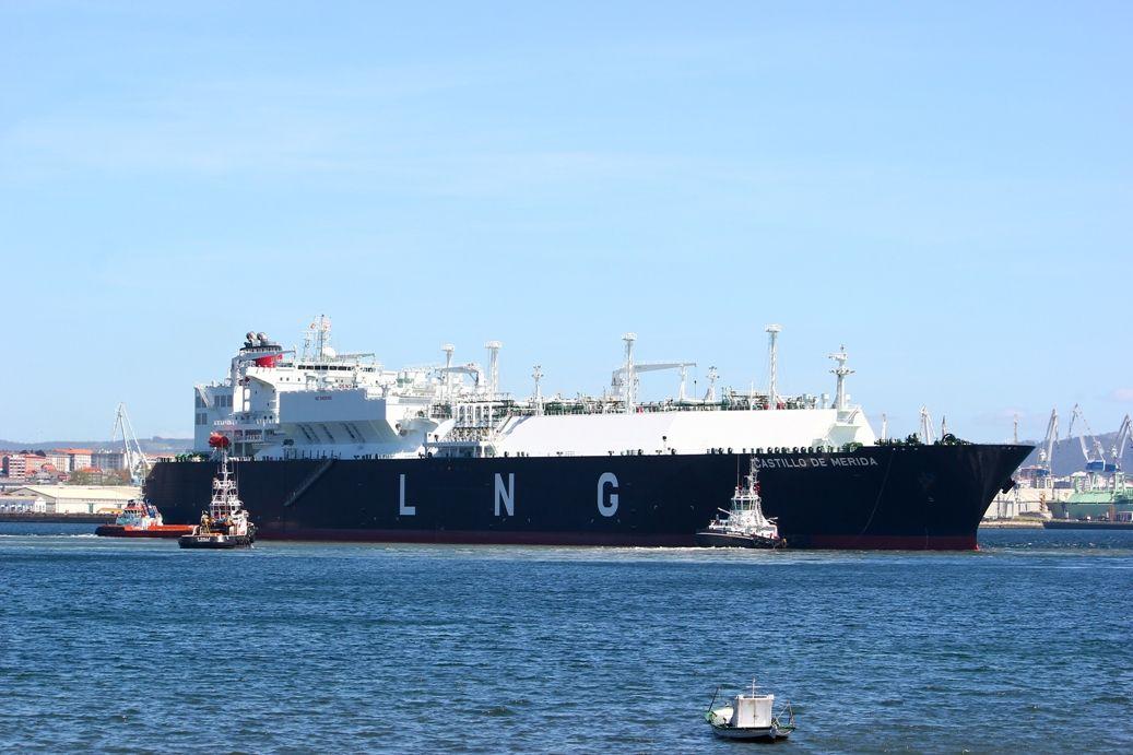 El nuevo buque de Elcano se estrena en la factoría de Mugardos