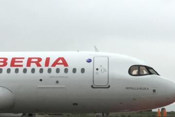 """""""Patrulla Águila"""" es el nombre del primer A320neo de Iberia"""