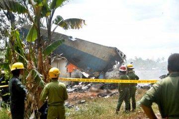 Del accidente del avión B-737 solo han sobrevivido tres personas en estado muy grave