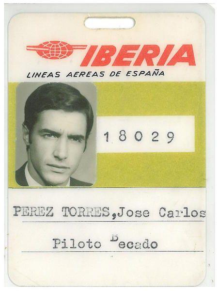 Identificación de Carlos Pérez Torres como piloto becario de Iberia