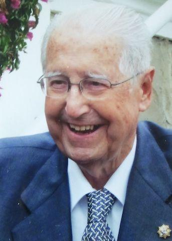 Juan Alvargonzález González de la Buelga (1919-2013)