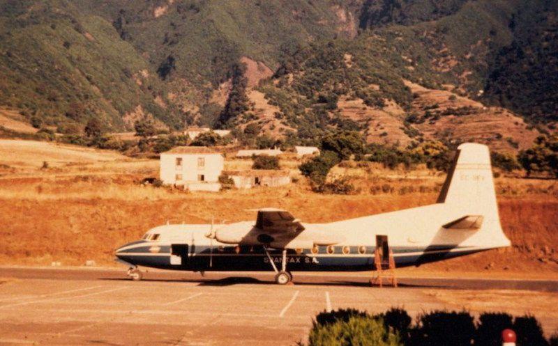 Fokker F-27 de Spantax en el aeropuerto de Buenavista (La Palma)
