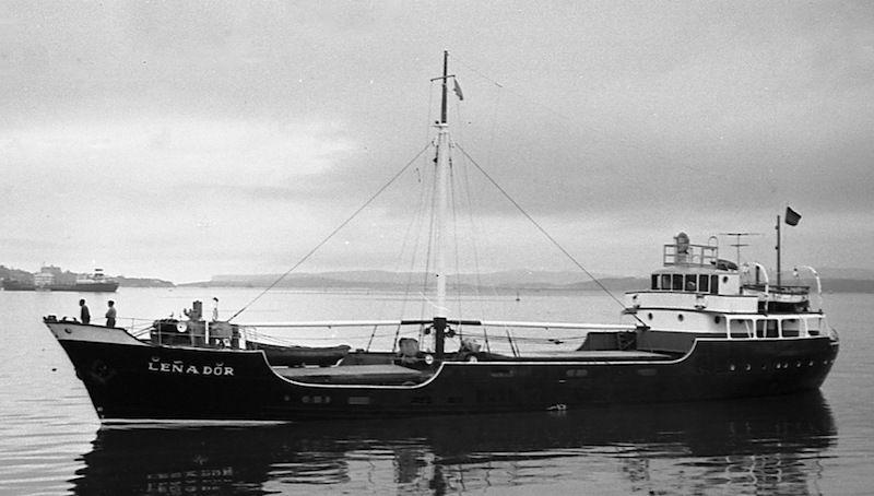"""El buque """"Leñador"""", ex """"San Román de Eo"""", adquirido de segunda mano"""