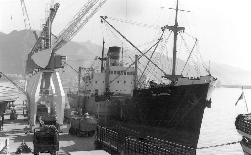 """El buque """"Santo Domingo"""", construido durante la II Guerra Mundial en Cádiz"""