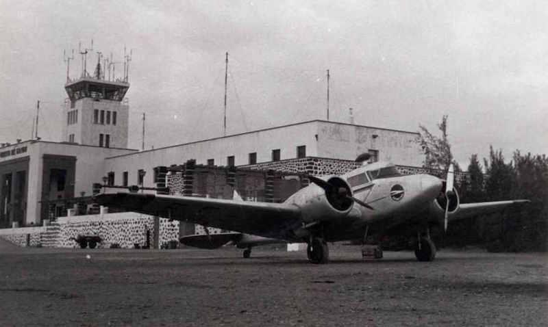 Bimotor Airspeed AS.65 Consul de Spantax, hundido al E de Gando
