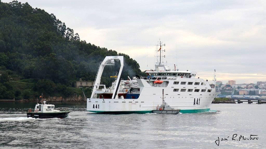 El buque vuelve a la vida marítima bajo control de la Armada