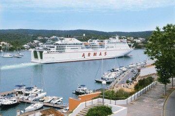 """Por sus características y rendimiento, el ferry """"Volcán de Tinamar"""" es el mejor de su clase en Baleares"""