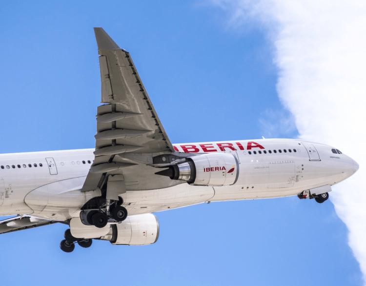El descuento de residente beneficia generosamente a las aerolíneas y navieras