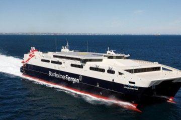 """El catamarán """"·Leonora Christina"""", en sus pruebas de mar en mayo de 2011"""