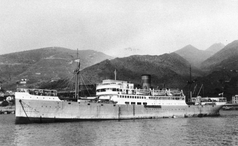 """El buque """"Isla de Tenerife"""", en el que Ángel Jaime Hernández de Paz hizo sus primeros viajes de altura"""