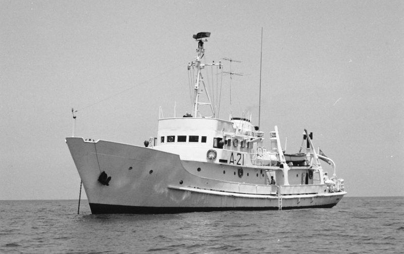 """El buque hidrográfico """"Cástor"""", de la Armada española, participó en la búsqueda del """"Fausto"""""""