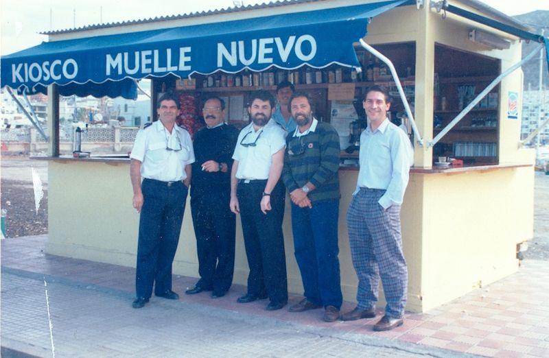 Con un grupo de suboficiales de la Ayudantía de Marina en Los Cristianos