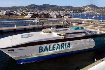 """El catamarán """"Cecilia Payne"""" es la última adquisición de Balearia en alta velocidad"""