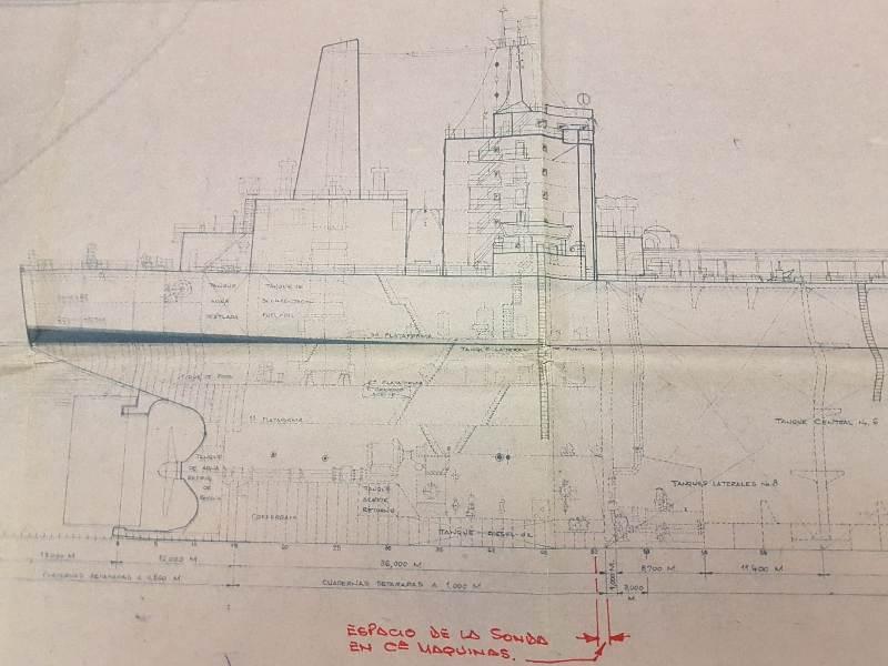 """La sección de popa del petrolero """"Castillo de Bellver·, en el plano expuesto en el buque"""